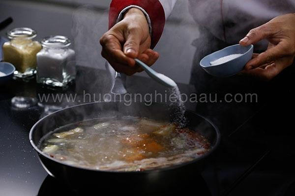 quy trinh nau nuoc dung trong